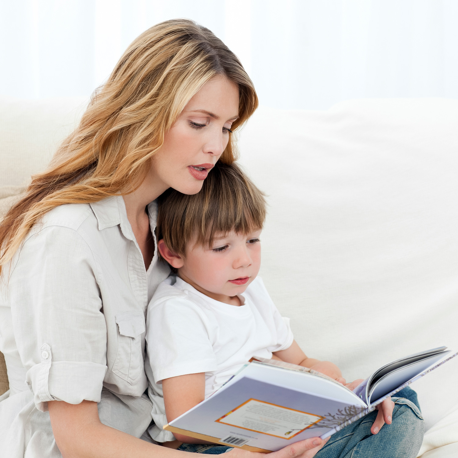 mother-child-reading-book